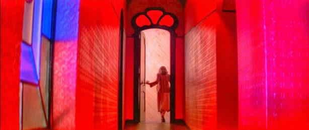 Suspiria-Dario-Argento-Suzy-Red-Hallway